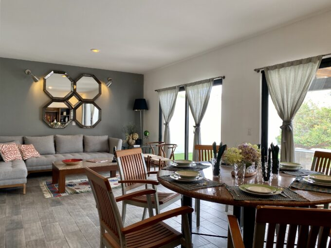 Luxury 4 BR House Perfect for Families (Pool, Gym)
